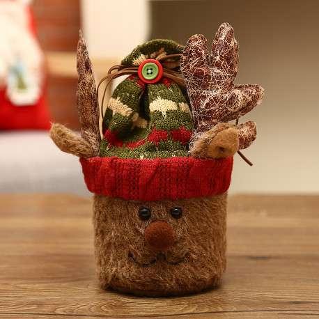 Олень, хранитель подарков