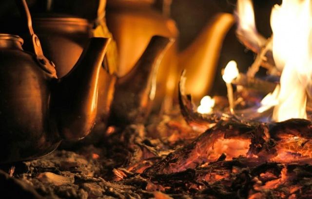 Варка пуэра на огне методом Лу Юя
