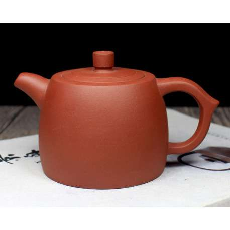 Заварочный глиняный чайник