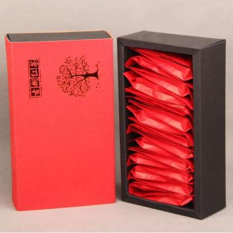 Китайский красный чай в подарочной упаковке