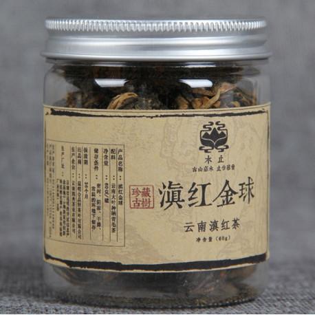 Связанный красный чай